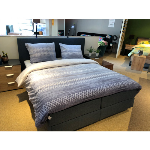 boxspring bluedenim